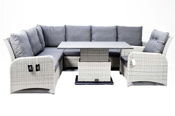 Brick set met loungestoel.jpg