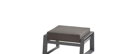 91175_ Dazzling footstool with cushion.jpg